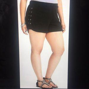 NWT TORRID Black Side Lace Challis Shorts 3X 22-24